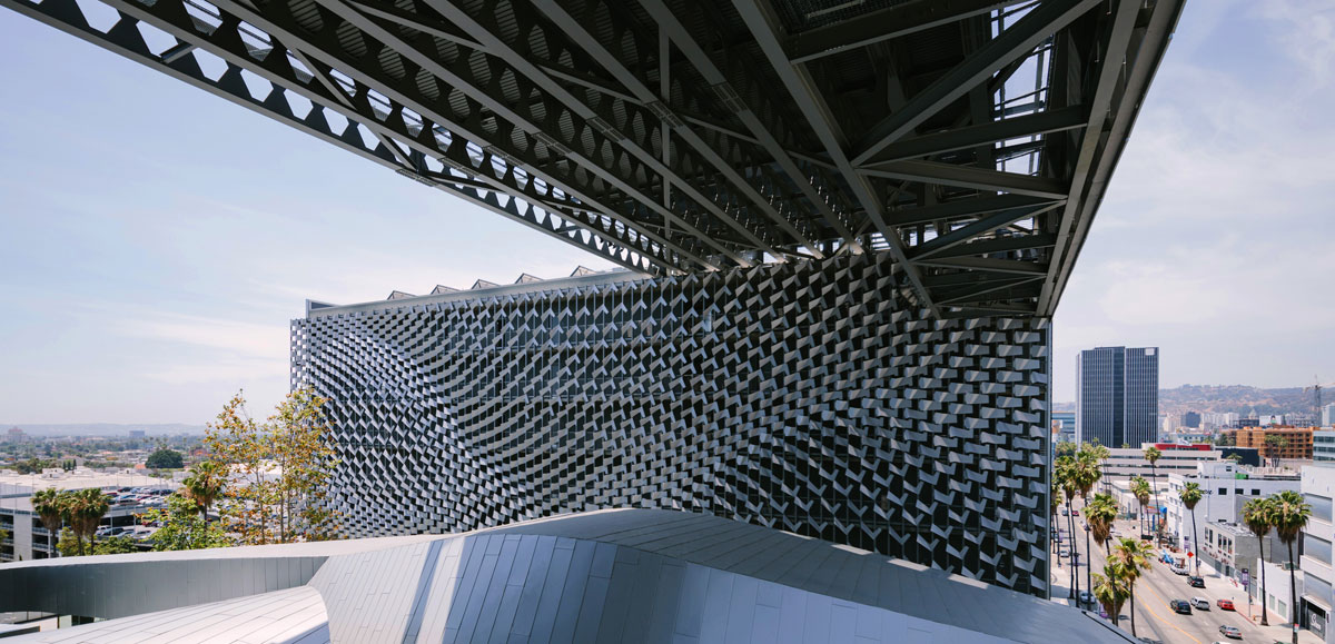 Emerson College Los Angeles >> How does technology influence facade design today? - Tech+ ...